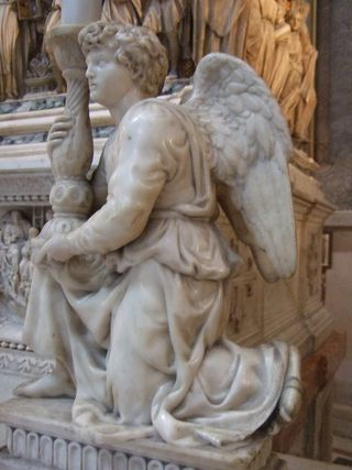Angel_by_Michelangelo_-_3