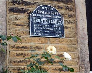 Bronte_plaque_465_465x370