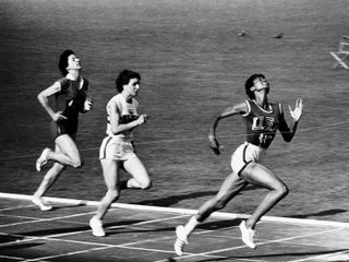 Mark-kauffman-us-runner-wilma-rudolph-winning-womens-100-meter-race-at-olympics