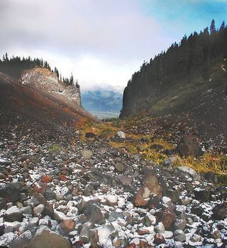 549px-Glacial_Valley_MtHoodWilderness