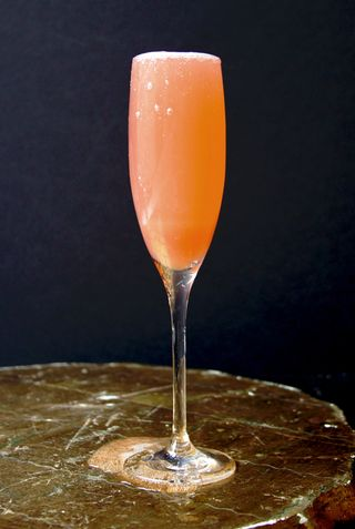 Rhubard fizz cocktail