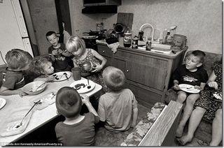 Poor-kids-eating_thumb