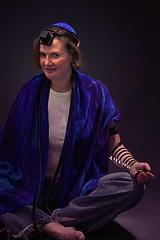 RachelBgroovy-rabbi