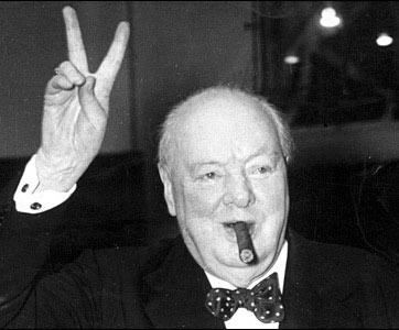 Churchill-bow-tie-polka-dot-blue