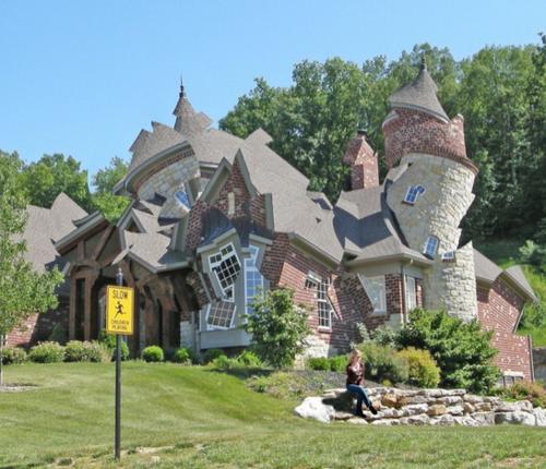 Deconstuctedhouse