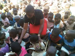 Malawi_school_3