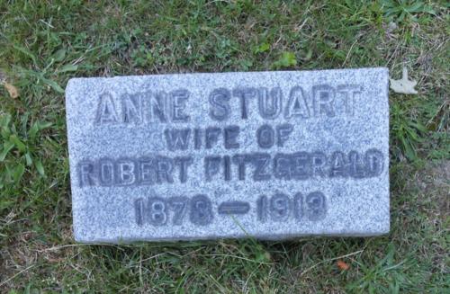 DSCN0442 Anne's stone