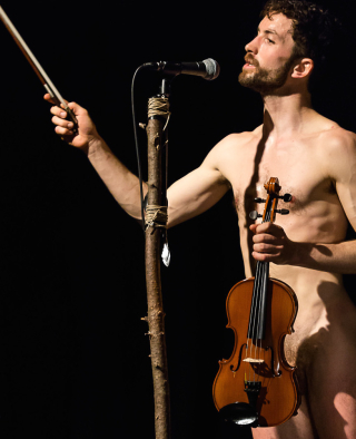 Simon Mayeronfolkdance© Florian Rainer