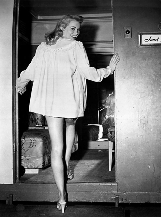 Janet Leigh on set Touch of Evil