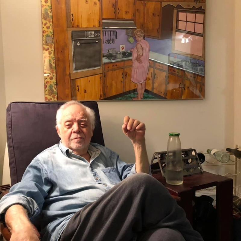Bob Hershon at home in. Photo by Wang Ping.