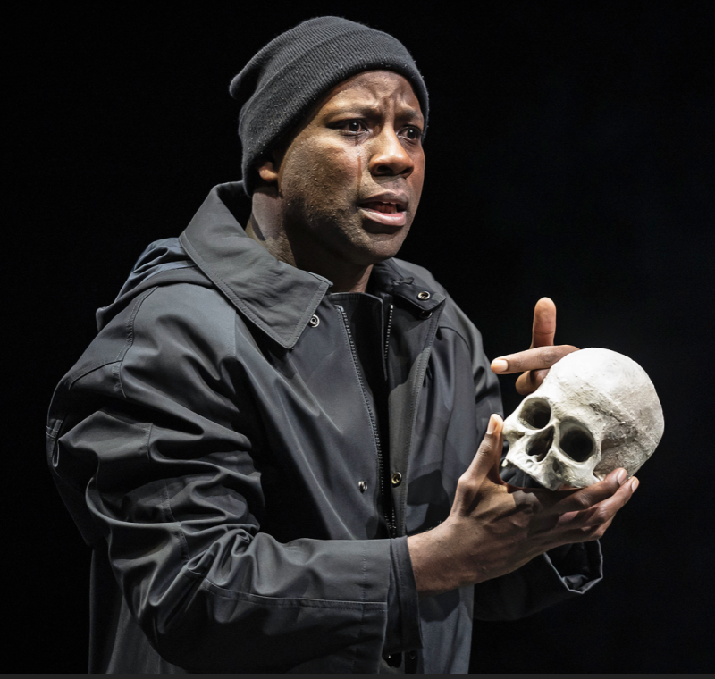 Maurice Jones as Hamlet in Chicago Shakespeare Theater production  2019